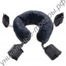 Плюшевая подушка с наручниками